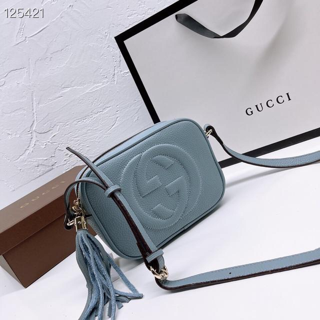 Gucci相機包 沒有了CUCCI以往的花團錦簇,鳥語花香,單肩也可以哦