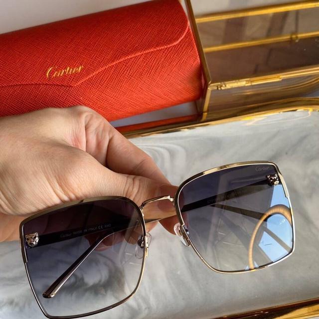 Cartier 卡地亞  CT0199S size:58-19-140 男女同款 方框太陽鏡 雙豹頭