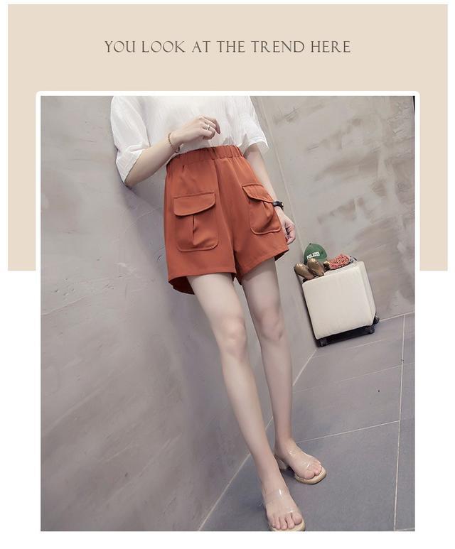 【預購】鬆緊寬版顯瘦短褲