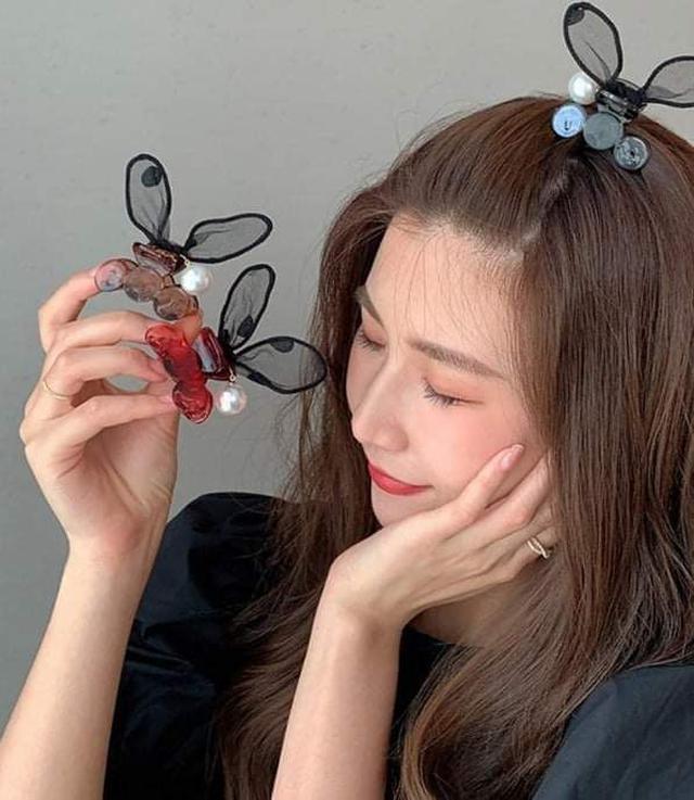 (預購S) H237 - 韓國兔耳朵蕾絲珍珠抓夾(一組4個)