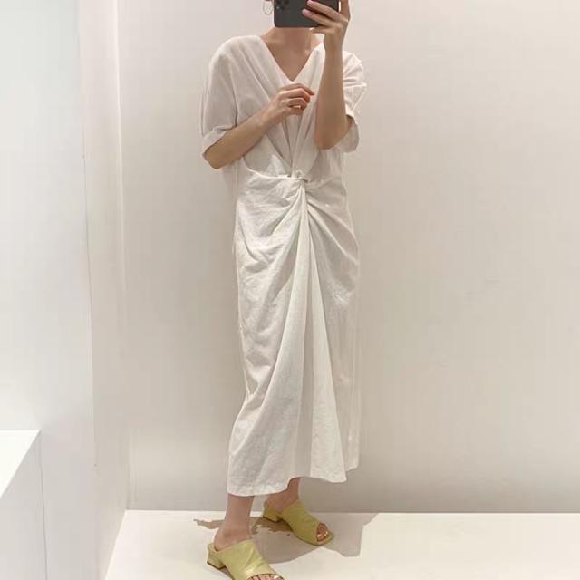 A011 復古皺摺氣質長洋裝(兩色)