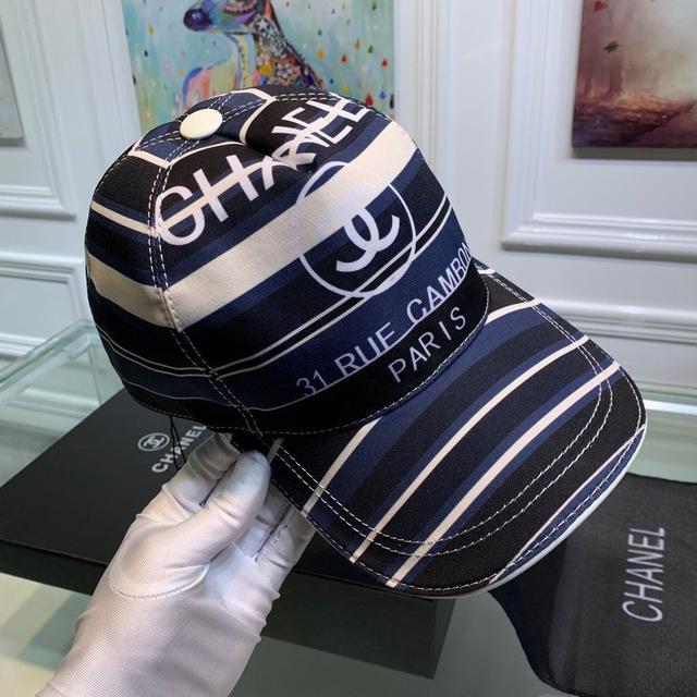 Chanel(香奈儿)新款原单棒球帽, 丝印双C,专柜1:1开模订制,原版帆布料+头层牛皮,