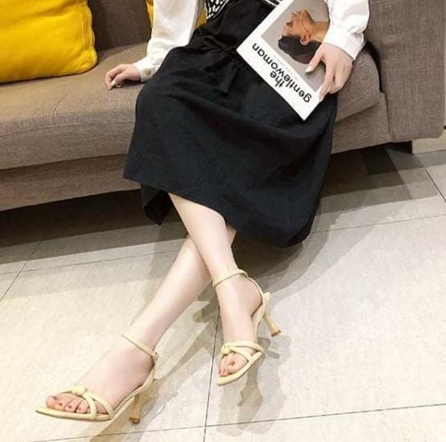韓版新款方頭扭結高跟涼鞋