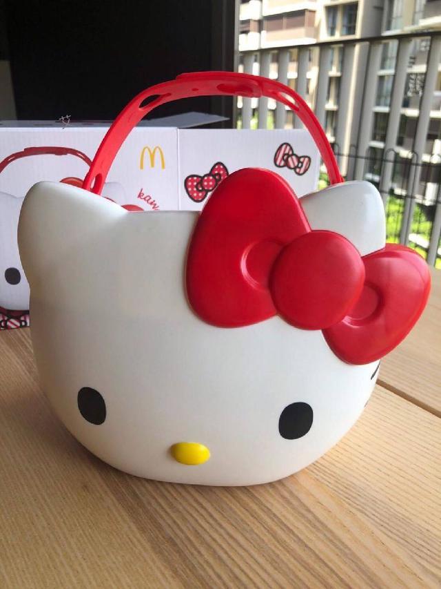 預購 泰國代購 麥當勞 Hello Kitty 置物桶