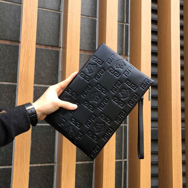 【配包裝】【產品規格】:27-18【產品材質】:原版進口定制牛皮手拿包