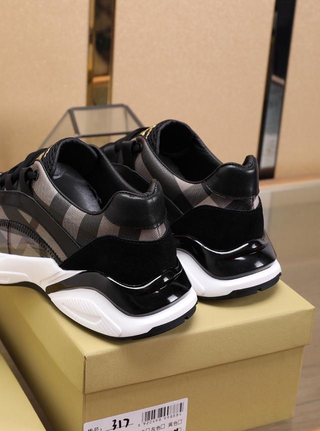 BURBDRRY運動鞋