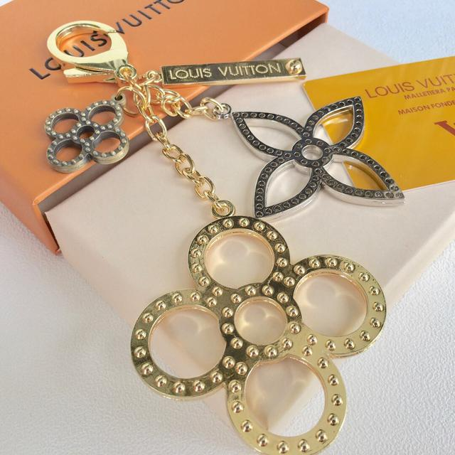 Louis Vuitton 🙆鑰匙扣MONOGRAM DELIGHT 包飾與鑰匙扣