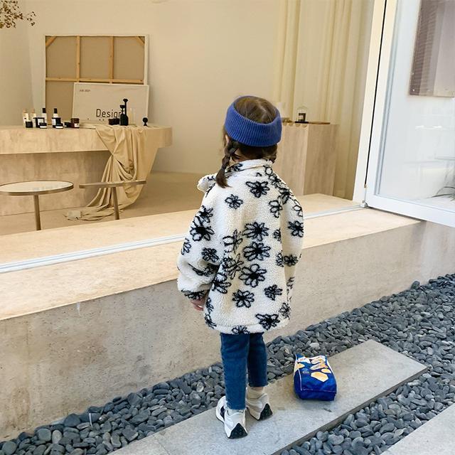 女童外套秋冬裝2021新款潮韓版洋氣童裝男寶寶羊羔絨毛毛衣