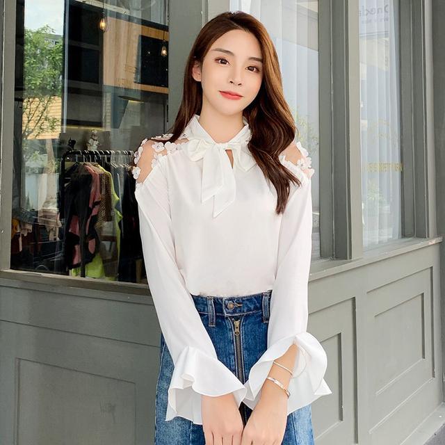 09 S-XL 蕾絲拼接純色長袖襯衫(兩色) 1858126