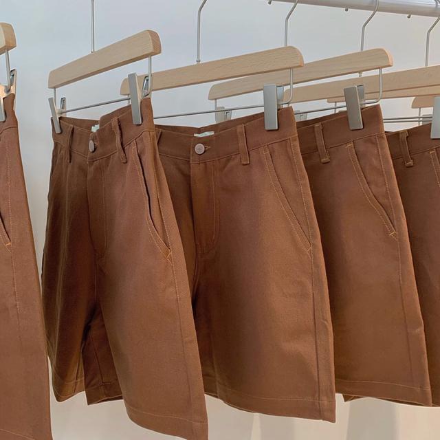 新款顯瘦纯色牛仔短裤