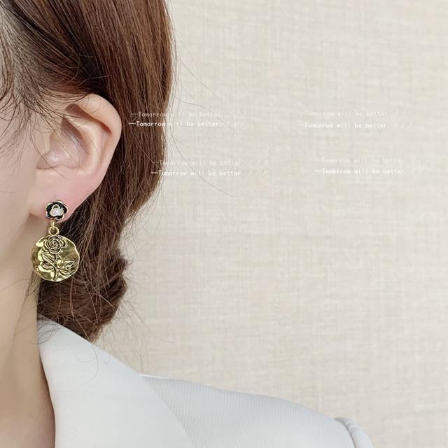 復古金屬玫瑰花耳環女日韓設計感山茶花耳釘氣質手作耳飾