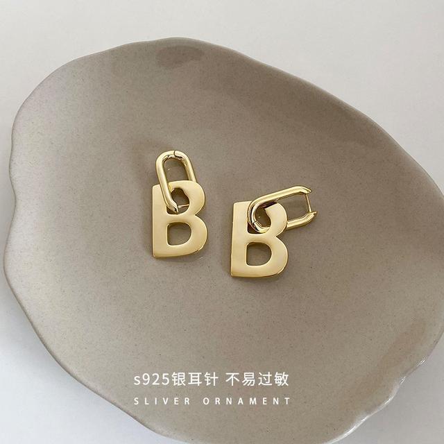B大寫字母925銀針耳環女圓臉顯瘦歐美簡約個性IG風潮流時尚飾品