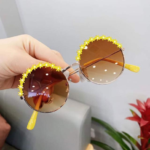 (預購s+) F033-兒童時尚花朵墨鏡