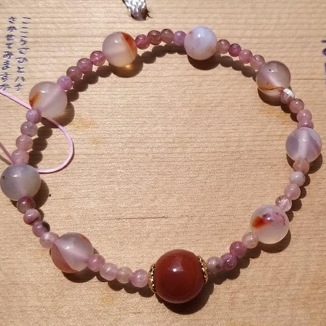 手作南紅瑪瑙造型手珠😘