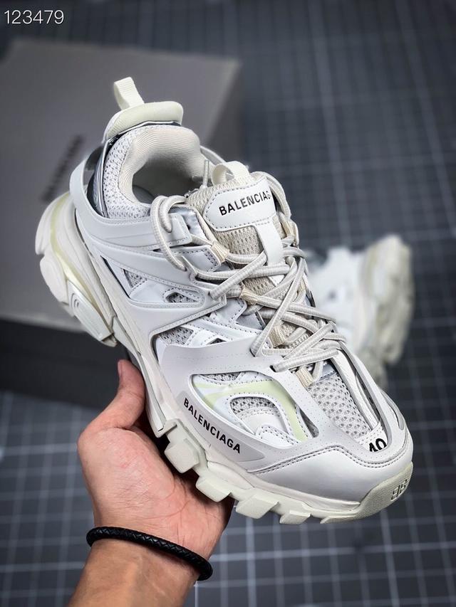 巴黎世家 Track Sneaker 巴黎世家三代做舊復古老爹鞋