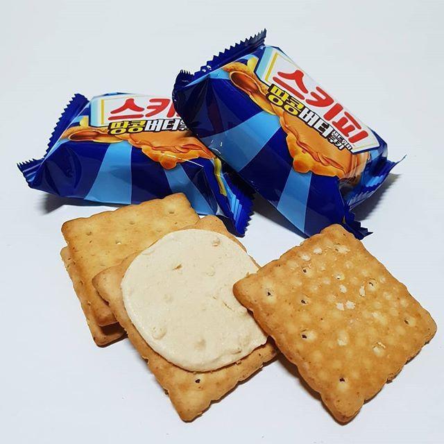 韓國人氣商品CROWNxSKIPPY聯名款 濃郁吉比花生醬夾心餅乾288g(16包/盒