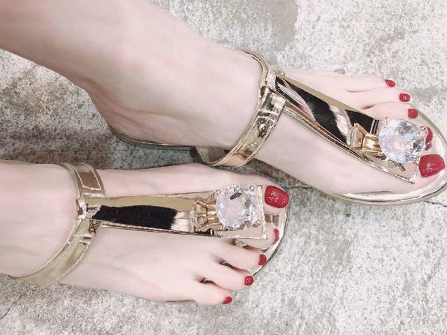 絕美大(鑽石)寶石拖鞋