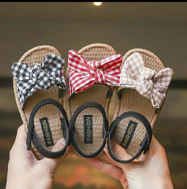 女童蝴蝶結軟底涼鞋