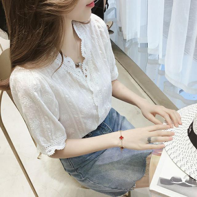 短袖蕾絲衫女夏小清新超仙花邊鏤空半袖小衫配闊腿褲裙的襯衫上衣