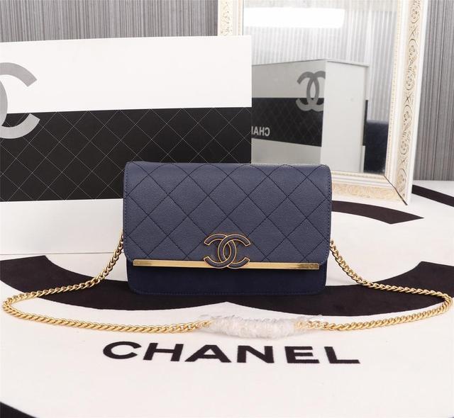 Chanel 原單包包 专柜同歩 Size:19x4x12cm手提包,斜跨包