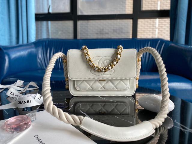 「限時優惠」 Chanel 19年早春走秀款|麻繩口蓋包