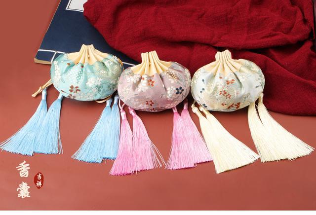 預購/中國風香包古鳳宫廷香囊包随身香袋空袋子流蘇金絲包