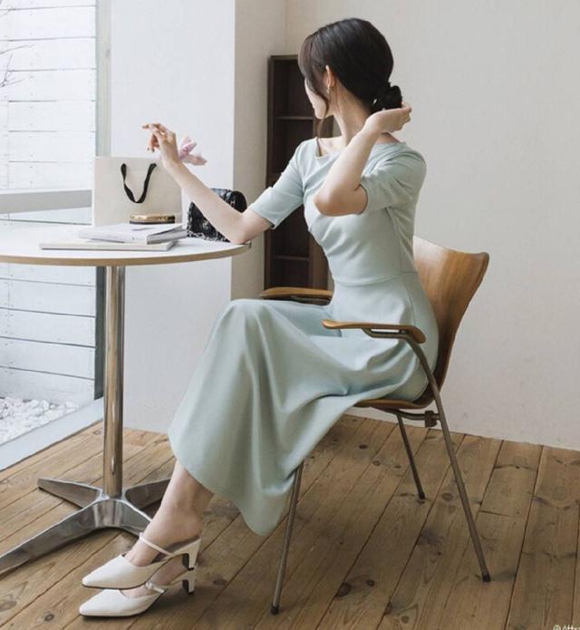 『預購』純色大裙襬洋裝