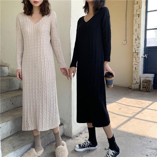 B 12/11 v領麻花直筒針織連衣裙 (2色)