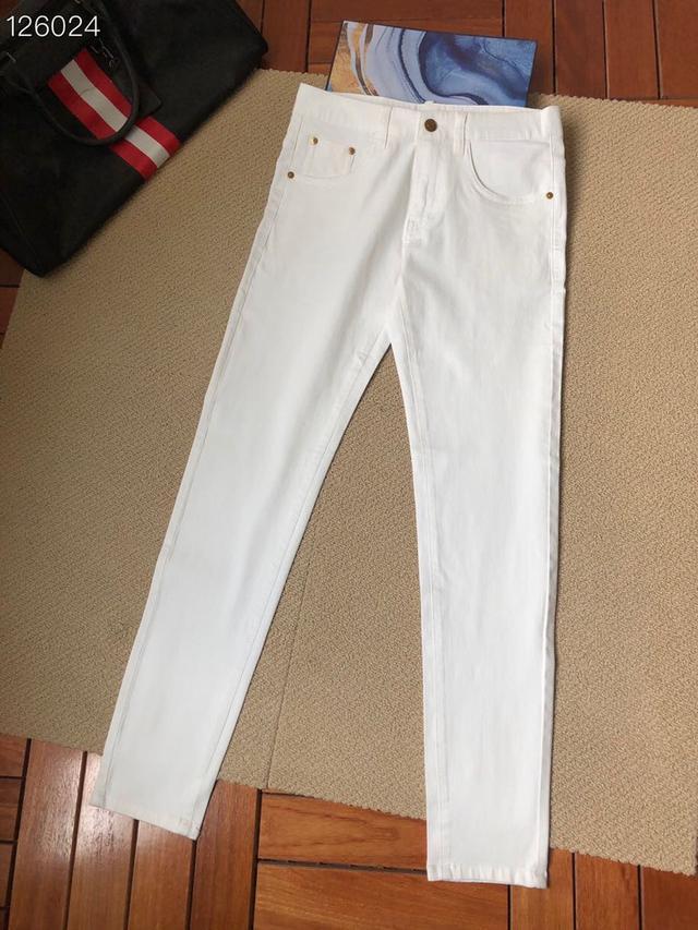 阿瑪*牛仔褲