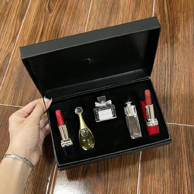 口紅香水小樣五件套黑盒 07