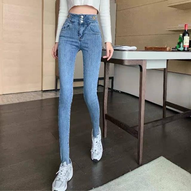 早春新款港味高腰金属扣設計彈力顯瘦牛仔裤🤎