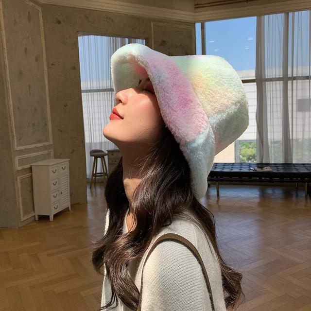 【預購】炫彩絨毛漁夫帽