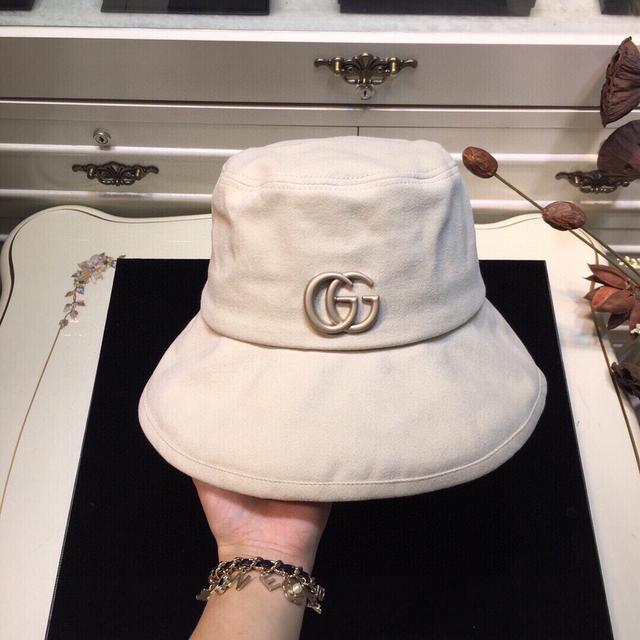 上新ꫛꫀꪝ ❥——❤ 古奇GUCCI专柜开版,原单正品代购,考究工艺制作,爆款渔夫帽!