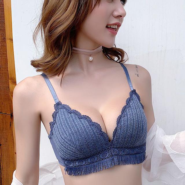 新品卡蜜爾內衣女性感蕾絲聚攏文胸三角杯薄款無鋼圈胸罩(不含褲)