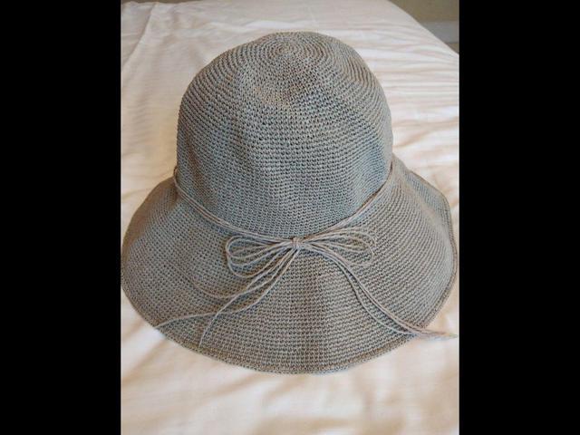 手工拉菲草帽