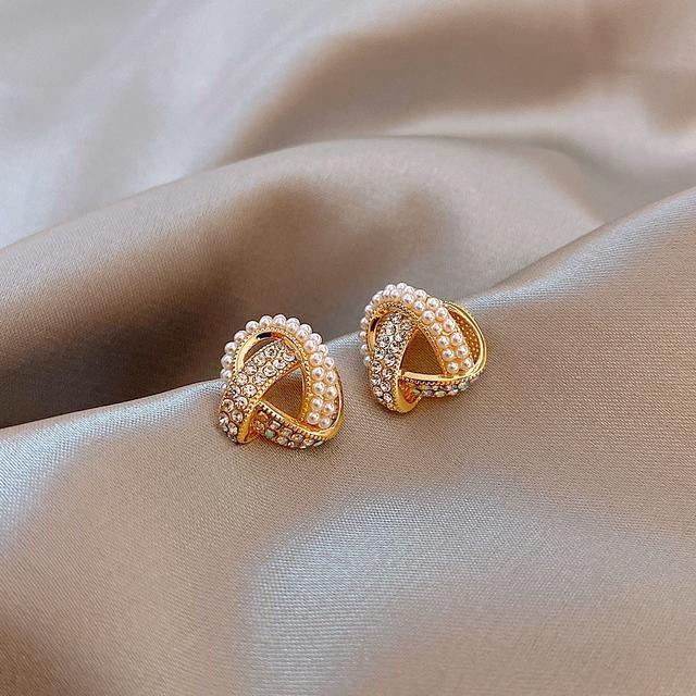 交叉繞圈珍珠耳環