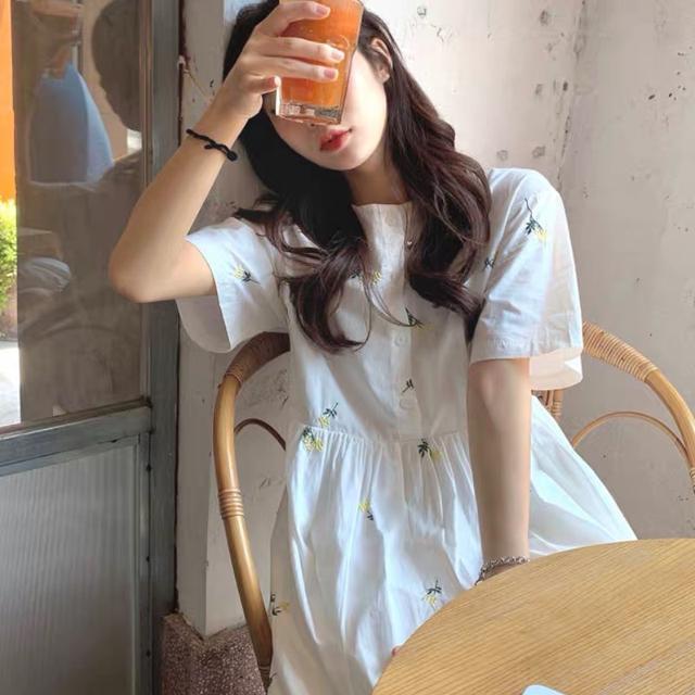 A007 韓風甜美刺繡洋裝(一色)